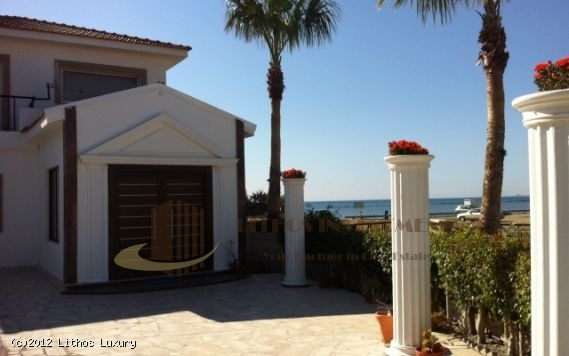 Detached Villa in Cyprus