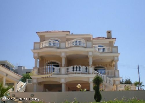 Luxury Villa at Limmasol