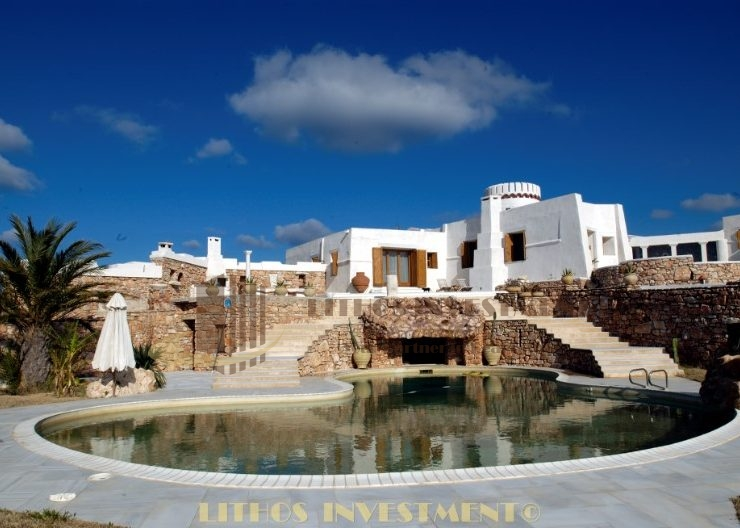 Mansion for sale in Paros, South Aegean